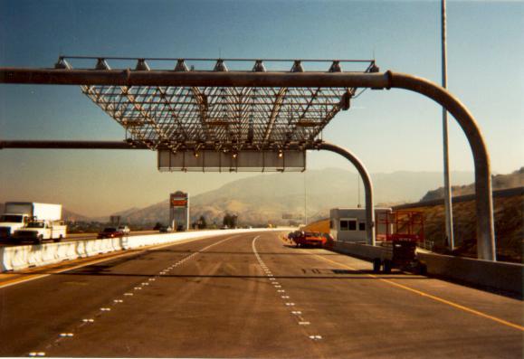 Picture of SR91 Westbound Gantry